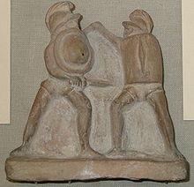 Знаменитый бой Прискуса и Веруса, запечатлённый на мраморном барельефе.
